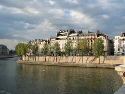 Visite l 39 le saint louis h tels particuliers cours secr tes escaliers anciens jeu de - Hotel ile saint louis ...