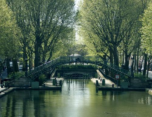 visit le canal saint martin propre comme un sou neuf une histoire d 39 eau paris xe guided by. Black Bedroom Furniture Sets. Home Design Ideas