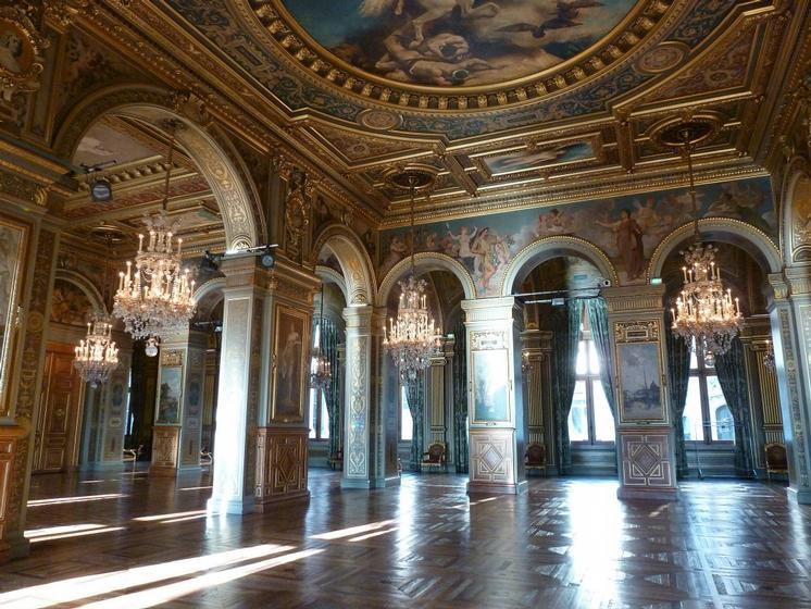 Visit les salons de l 39 h tel de ville paris guided by - Salon de the vincennes ...
