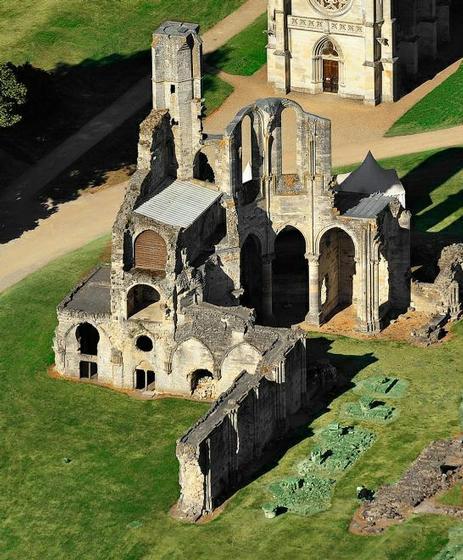 Visite circuit abbaye cistercienne de chaalis mus e for Circuit jardins anglais