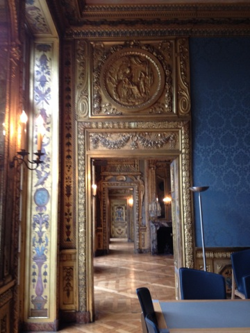 Visite somptueux hotel de lauzun 75004 guid e par ludivine rodon trouve - Hotel de lauzun visite ...