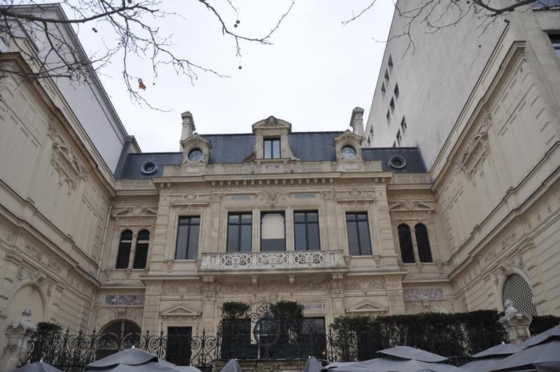 Visite l 39 hotel de la paiva paris champs elys es guid e for Recherche hotel paris