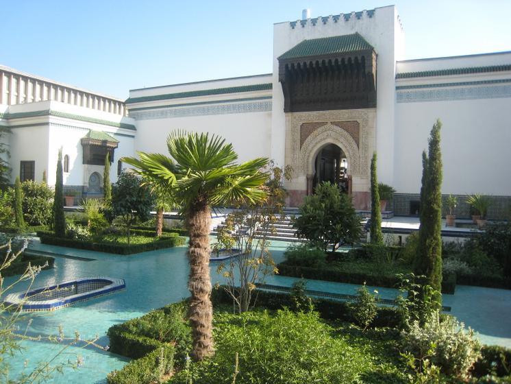 Visite int rieurs fastueux et jardins de paradis de la for Jardin hispano mauresque