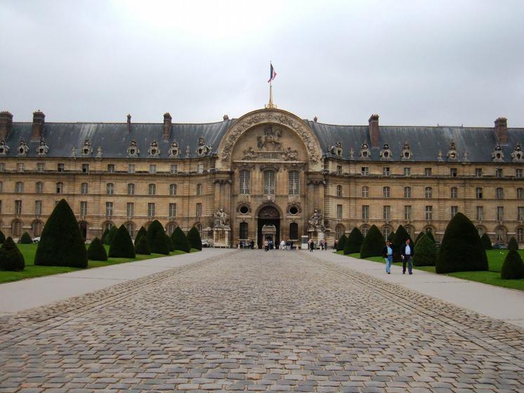Visite visite guid e des invalides h tel national des for Trouver un hotel a paris